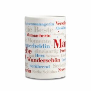 Kaffeebecher mit den schönsten Wörtern aus der Welt einer Mutter.