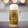 Bierkrug mit den schönen Bier Wörtern.