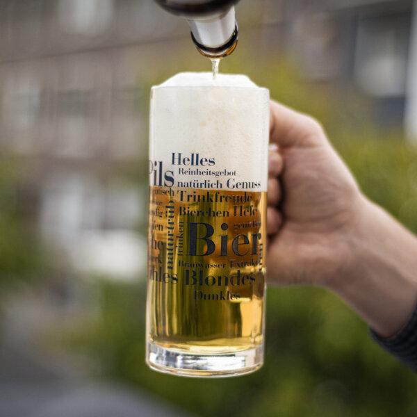 Bierkrug Bier Wörter.